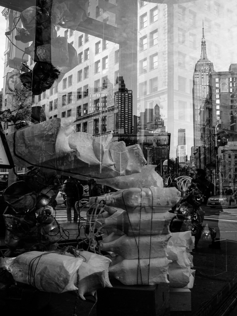 Title:Reflections in Flatiron Medium:	photography Size:	12x16