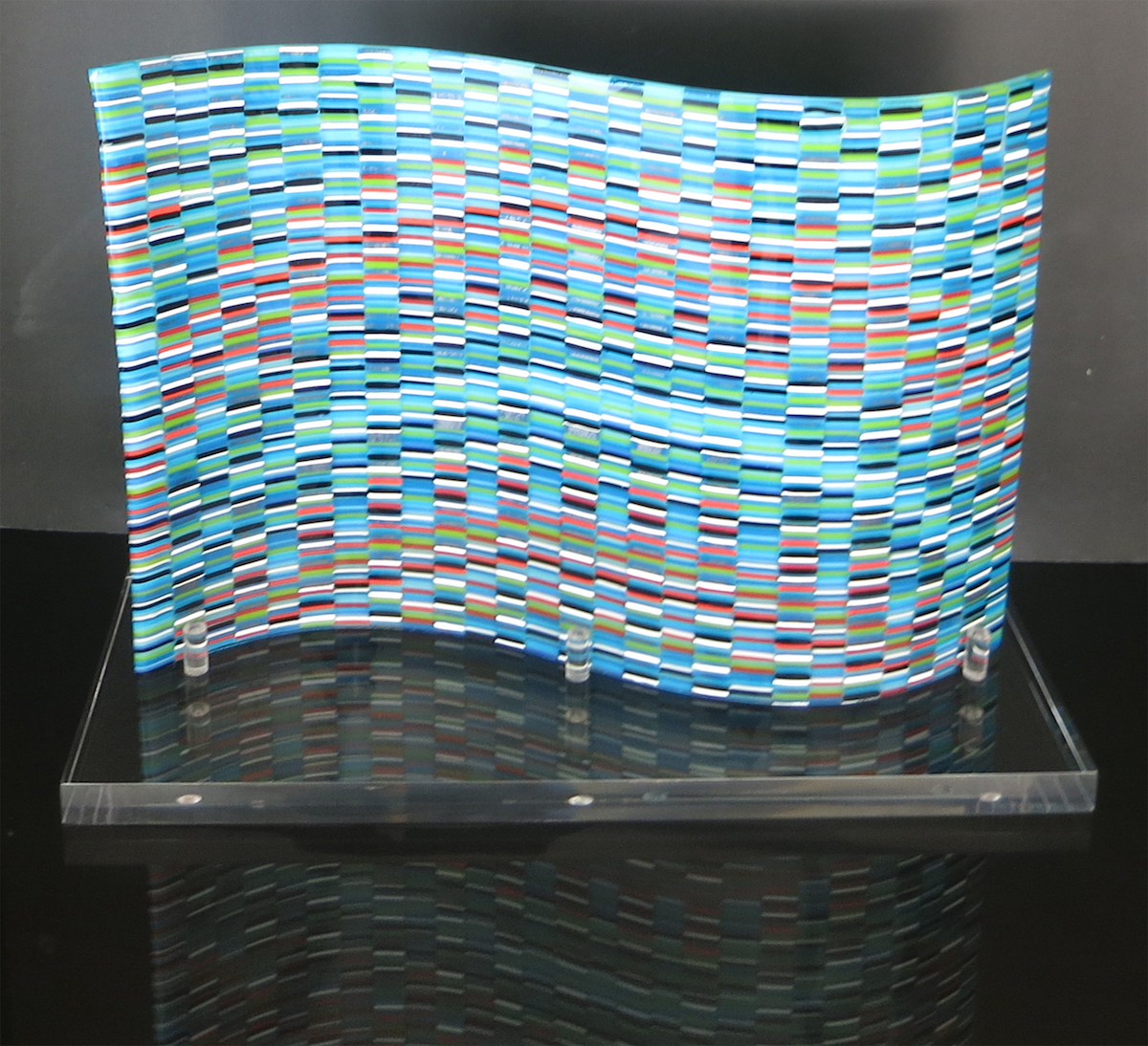 Title BLUE BARGELLO Medium FUSED GLASS Size 18 X 12