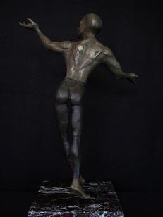 Title Le Soleil Medium Silicon Bronze Size 23x16x8