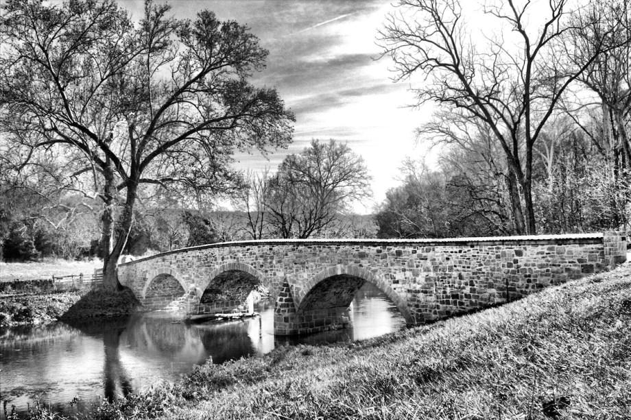 Title Burnside Bridge Medium Photography Size 16x20
