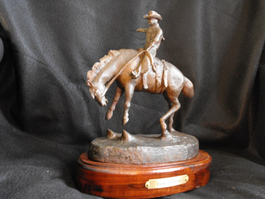 Title First Jump Out Medium Bronze Sculpture Size 10L x 8W x 10T x 8lbs
