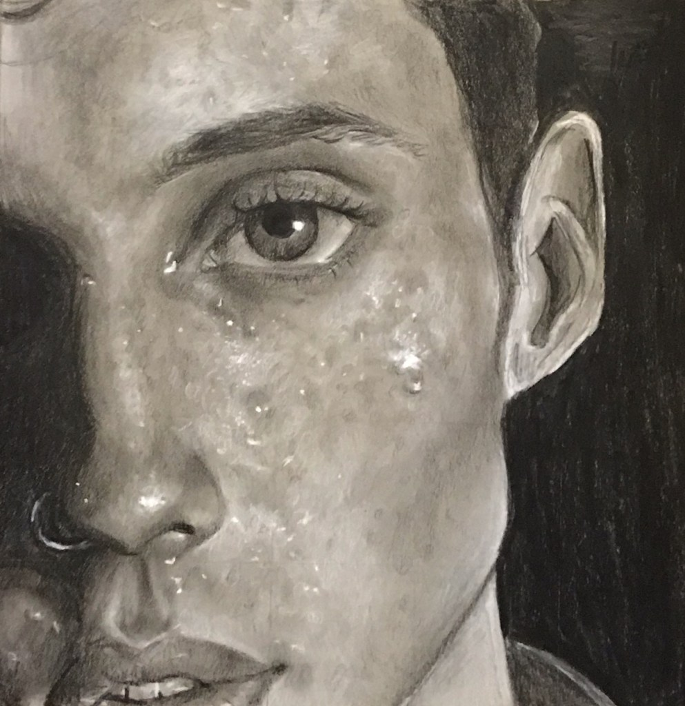 Troye Medium Charcoal Size 8.5 x 11