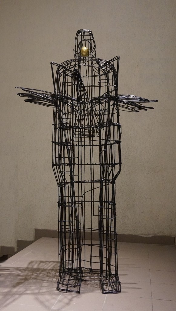 Message to the Universe | steel wire (painted) | 203 x 115 x 74 cm