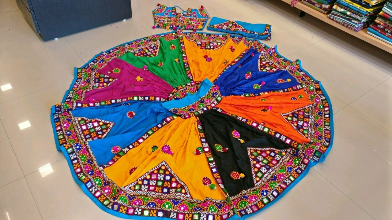 Kutchi Traditional Gamthi work Chaniya Choli Style C