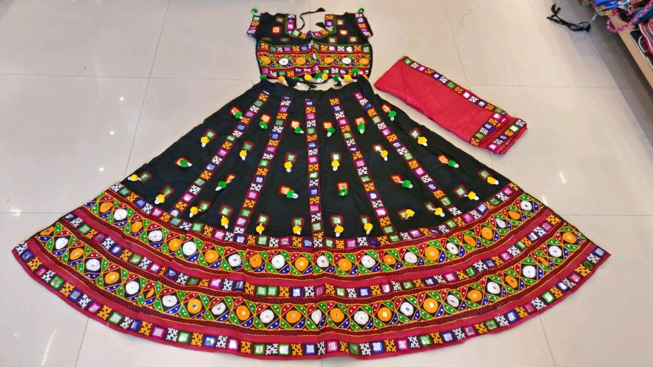 Kutchi Traditional Gamthi work Chaniya Choli Style D