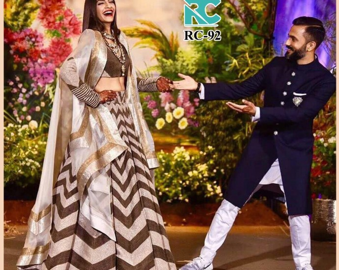 Sonam Kapoor Reception Lehenga Blouse RC 92 Replica