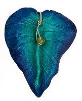 Vineyard Leaf Pin with Peridot