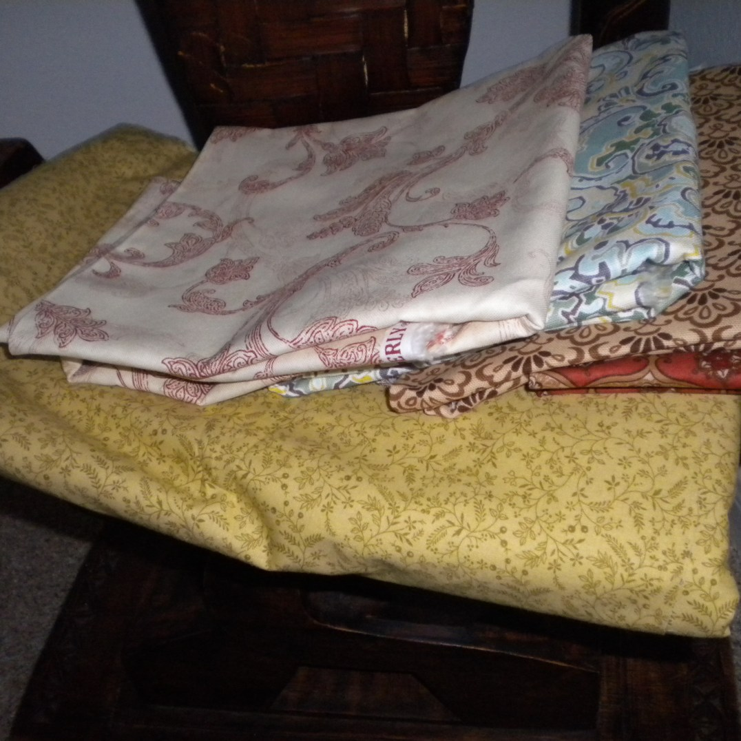 Fabrics that I have chosen for my first quilt