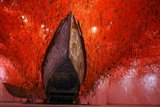 The Key in the Hand by Chiharu Shiota 01