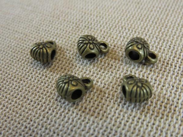 Perles bélière gravé fleurs métal bronze - lot de 10