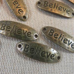 Connecteur gravé Believe bronze breloque martelé – lot de 5 pendentif