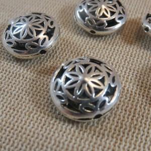 Perles fleuri ajouré entretoise argenté 17mm – lot de 5