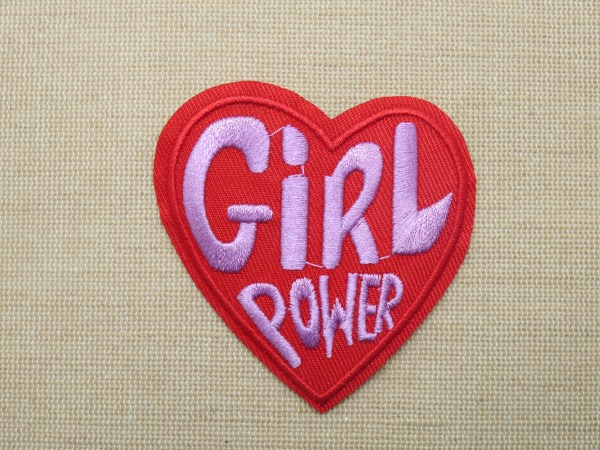 Grand patch cœur rouge thermocollant écusson Girl Power