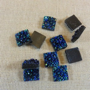 Cabochons carré bleu Druzy en résine 12mm – lot de 10