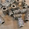 Perle rune viking argenté en métal 13x9mm - perle de barbe et cheveux dreadlocks