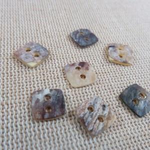 Boutons coquille nacré carré 10mm – lot de 8 boutons de couture