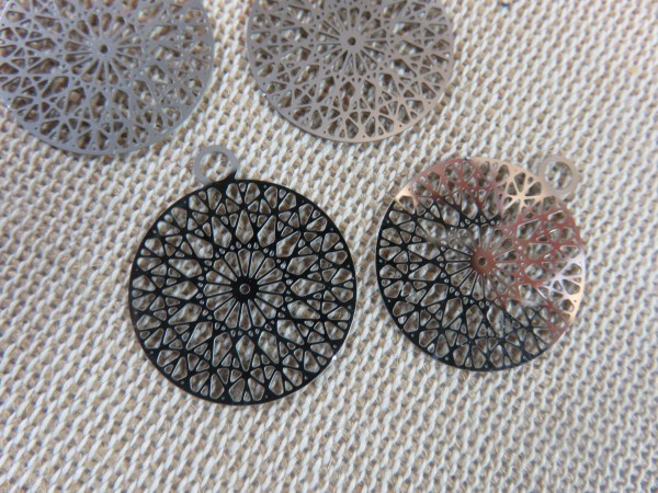 Pendentifs mandala rond filigrané fleur 22mm - lot de 4