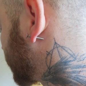 Boucles d'oreille vis argenté double face – puces punk bijoux femme ou homme