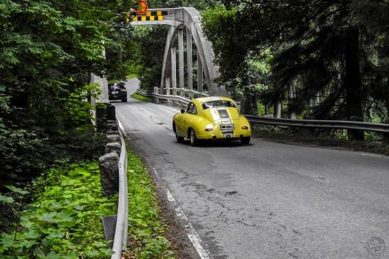 kapea_silta_kelt_roadcarSaab_6175p