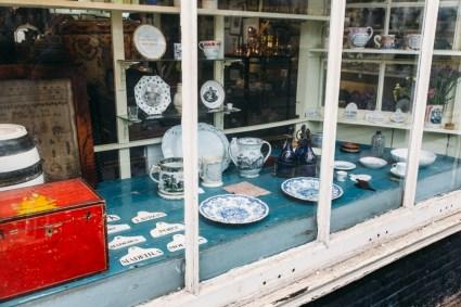 Jane Waterhouse's installation at Gabor Cossa Antiques