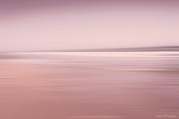 minimalist photography by Dari Ingal