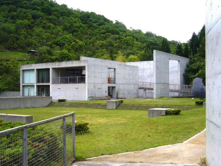 兵庫県立こどもの館・工作館