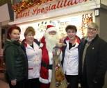 Weihnachtsmann mit Meyra und Kollegen