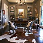 50 Best Living Room Decor Ideas With Artwork Rugs (20)