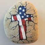50 Easy DIY Painted Rocks Ideas Perfect For Beginners (41)