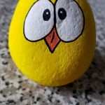 50 Easy DIY Painted Rocks Ideas Perfect For Beginners (7)