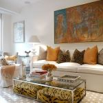 60 Living Room Decor Ideas With Artwork Coffee Tables (34)