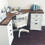 80 Wonderful DIY Art Desk Work Stations Ideas and Decorations (9)
