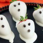 43 Cool Halloween Party Decoration Ideas (16)