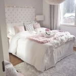 82 Cool Bedroom Ideas for Creative Couples (72)