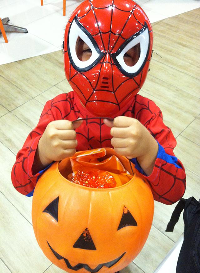 ensogo philippines halloween costume mask superhero lifestyle mommy blogger www.artofbeingamom.com 02