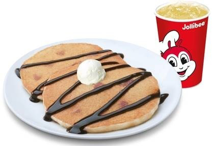 jollibee breakfast chocolate pancakes lifestyle mommy blogger www.artofbeingamom.com 01