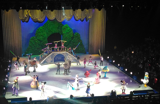 disney on ice magical ice festival lifestyle mommy blogger www.artofbeingamom.com 14
