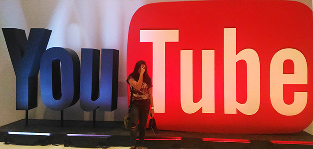 you tube fan fest 2016 connor franta world trade center lifestyle mommy blogger ww.artofbeingamom.com 08