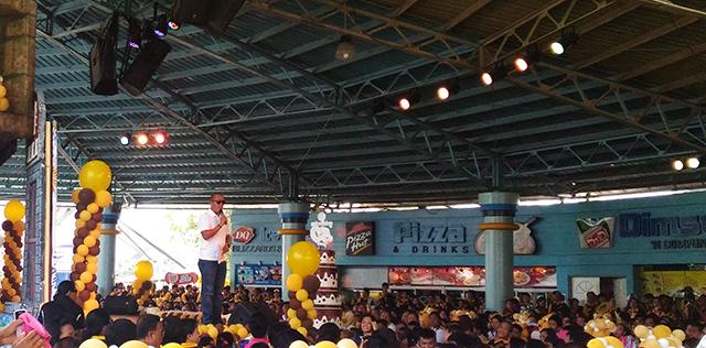 goldilocks 50th birthday goldilocks birthday celebration lifestyle mommy blogger www.artofbeingamom.com 03