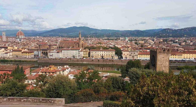 Piazza Michaelangelo, Florence