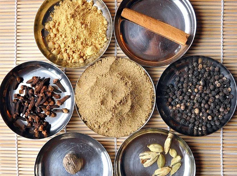spices for vanilla chai super smoothie