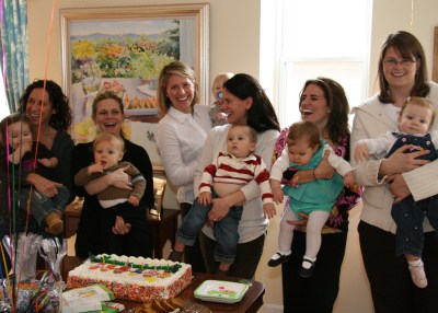 Join a playgroup to make mom friends