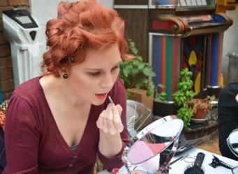 Abi doing her Vintage Makeup