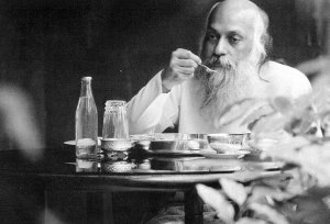 osho eating