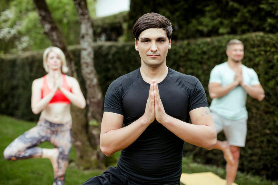 Staudacherhof_Spa_draussen_Yoga