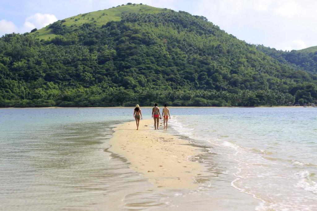 Bolobadiangan Island