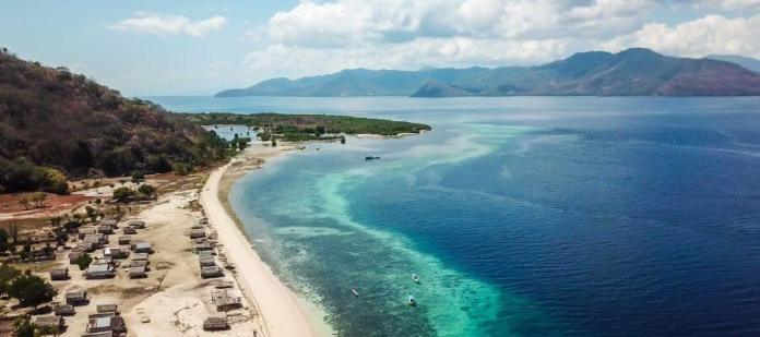 Diving Maumere Indonesia