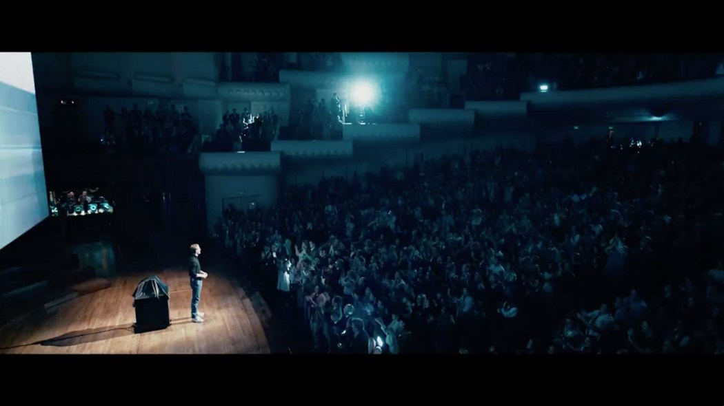 SteveJobs_FirstLook