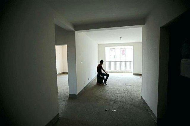 empty-house-alone-in-empty-house-empty-house-relient-k-meaning1527107574.jpg