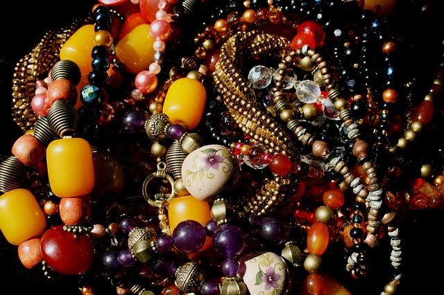 beads 168968 640